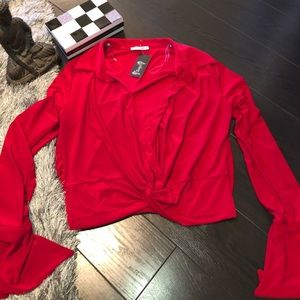 💃🏻⭐️ RED LONG SLEEVE CROP TOP WITH BELL SLEEVES!